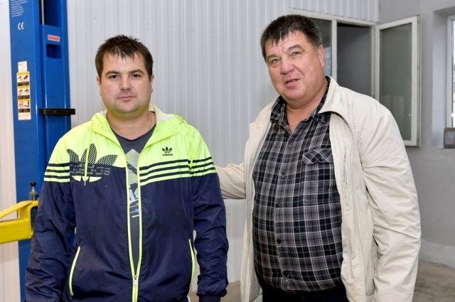Сергей Петренко с сыном Алексеем.