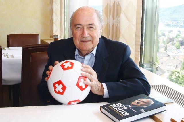 Блаттер приедет на чемпионат мира по футболу в Россию по приглашению Путина