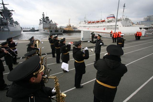 ВоВладивостоке начались российско-индийские военные учения