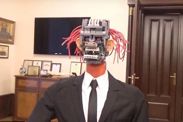 Проект бюджета Ленинградской области сообщил робот