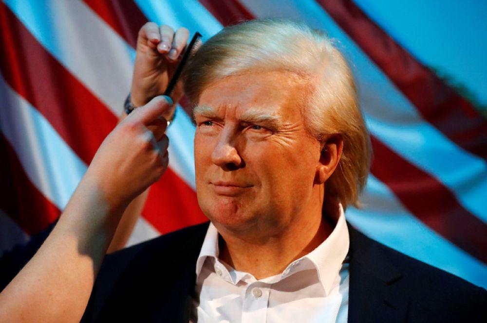 17октября. Восковая фигура президента США Дональда Трампа в музее мадам Тюссо в Берлине, Германия.