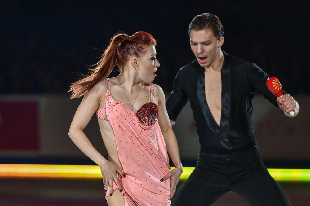 Танцевальные пары. Екатерина Боброва – Дмитрий Соловьев (Россия), шестикратные чемпионы страны.