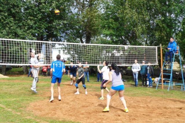 В Викулово пройдут районные соревнования по волейболу на Кубок комсомола
