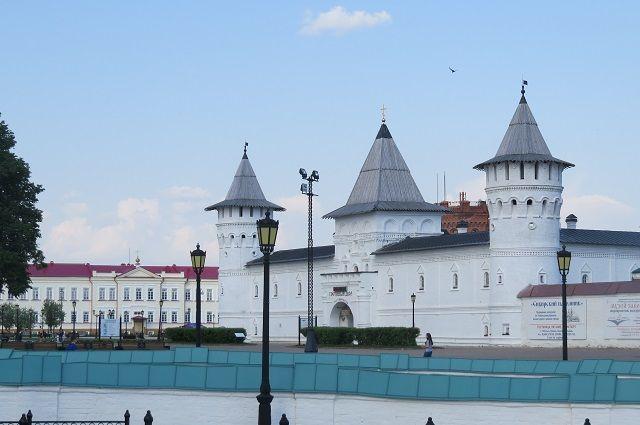 Появились уникальные открытки с достопримечательностями Тюменской области
