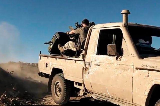 Сирийская оппозиция объявила о захвате месторождения нефти в Дейр-эз-Зоре
