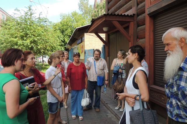Сегодня по «Историческому кварталу» проводят экскурсии.