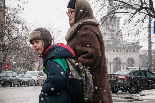 Служба родительского спокойствия – это отголосок советского тимуровского движения, поэтому пенсионеры активно поддерживают это начинание.