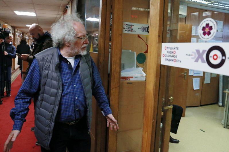 Главный редактор радиостанции «Эхо Москвы» Алексей Венедиктов в редакции.