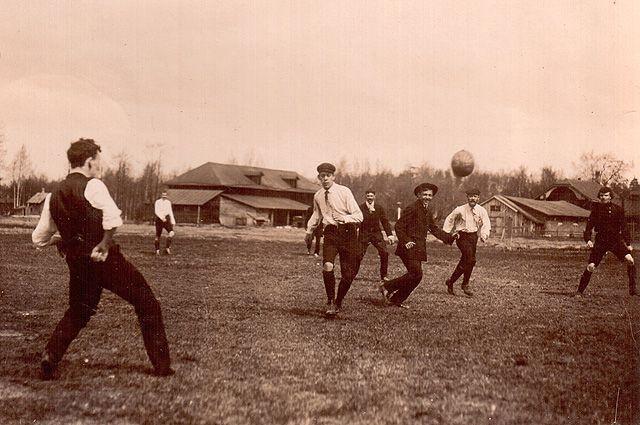 «Русаки подтянутся и будут бить англичан». Отечественному футболу – 120 лет