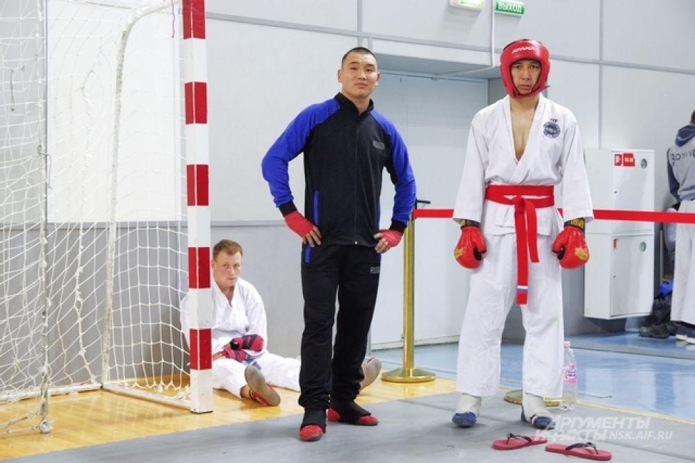 В 2017 году в Чемпионате принимало участие 12 команд. Как правило, это уже серьезные бойцы, которым владение боевым искусством требуется в службе.