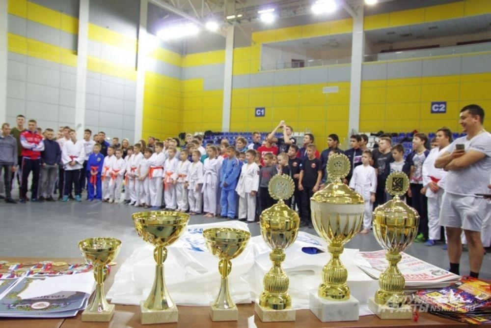 И, конечно, награждение. На Чемпионате памяти Дукача любой приз ценится очень высоко.