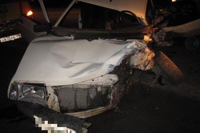 Натрассе под Саткой молодой шофёр умер влобовой трагедии