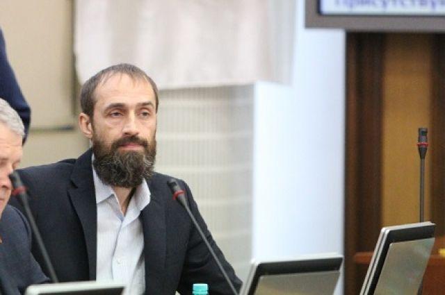 Депутат незаконно получил более 10 миллионов рублей.