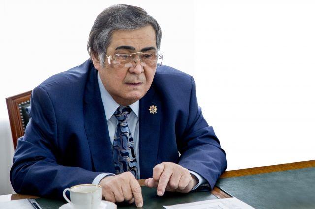 Тулеев проситГП разобраться сзадержками зарплат нашахтах «Заречной»