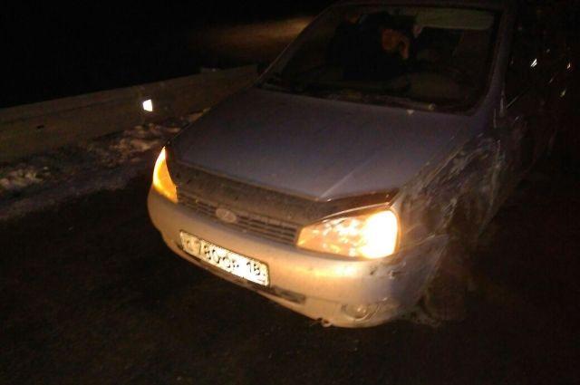 ВТатарстане натрассе столкнулись 3 легковушки иавтовоз— двое погибших