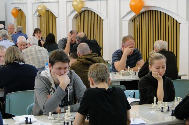 В Новокузнецке завершились соревнования по быстрым шахматам.