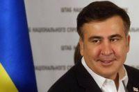Саакашвили обвинил Луценко в ксенофобии и поселился в палатке под Радой