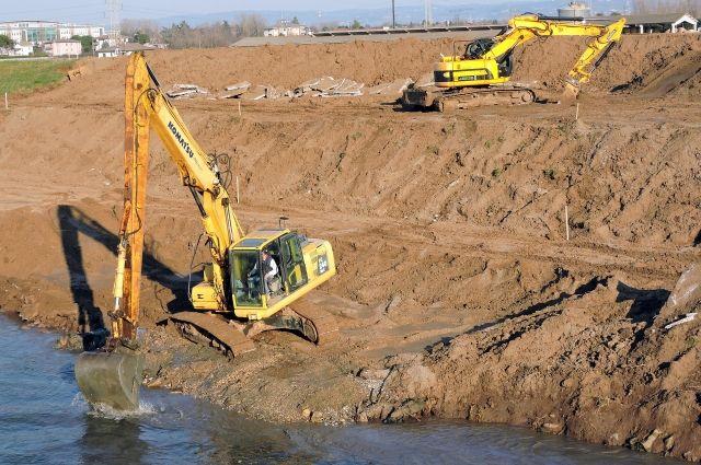 На строительство дамбы в Калтане потратят 329 млн рублей.