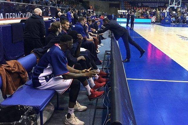 УДС «Молот» не годится для проведения матчей чемпионата мира по баскетболу.
