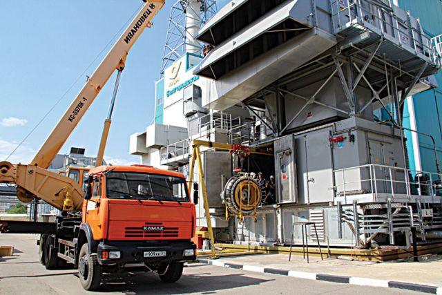 Монтаж силовой турбины Белгородской ТЭЦ.