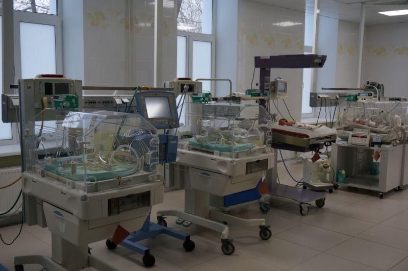 Отделение патологии новорождённых и недоношенных детей МСЧ № 9 помогли отремонтировать нефтепереработчики.