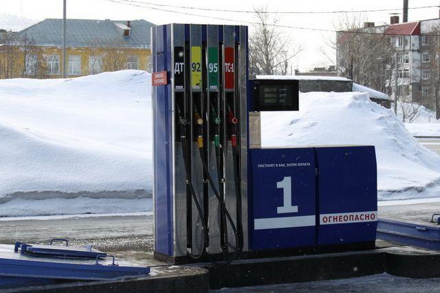 ВУфе упал вцене 92-й бензин