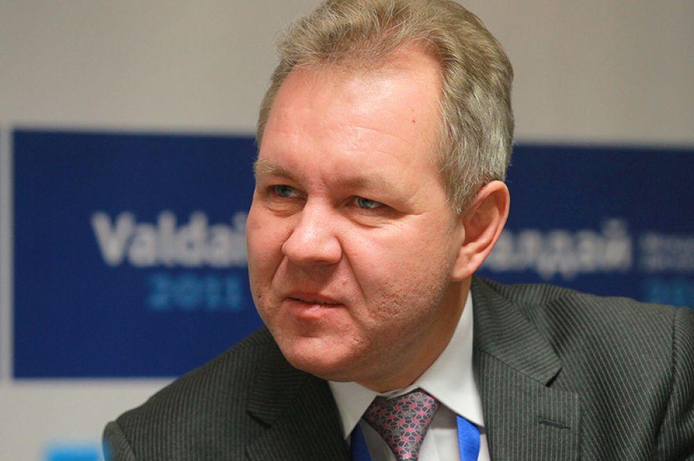 Также Ксения Анатольевна назвала еще несколько человек, которые также могут принять участие в её кампании. Это экономист Владислав Иноземцев.