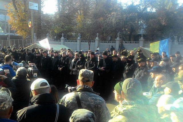Батальон «Донбасс» отрицает участие своих бойцов в митинге под Радой
