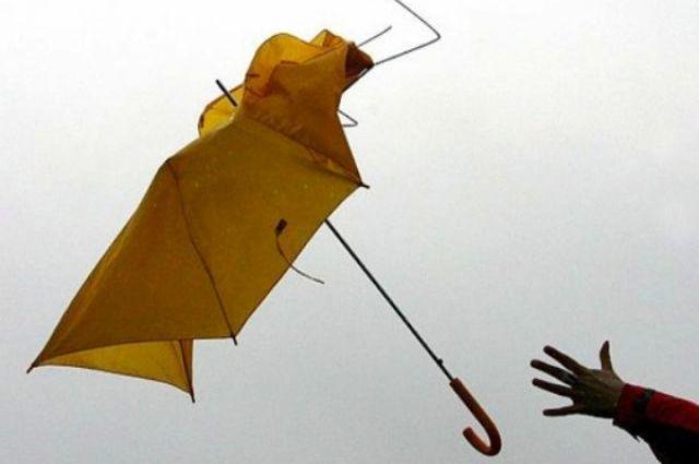 На территории Кузбасса сохраняется неблагоприятная погода.