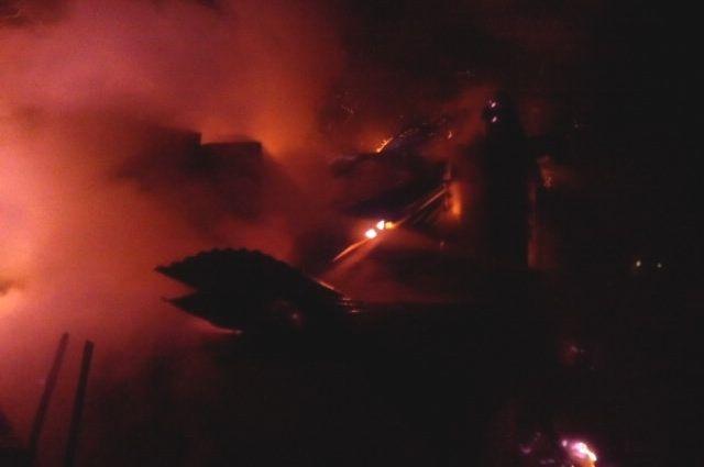ВВеневском районе горел дом: имеется пострадавший