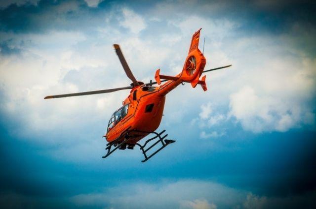 Русский вертолет свосемью людьми наборту упал вморе наШпицбергене