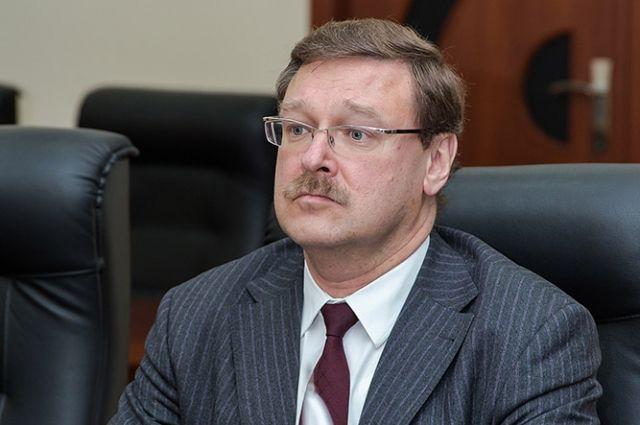 Сенатор Косачев удалил собственный Твиттер взнак солидарности сRT