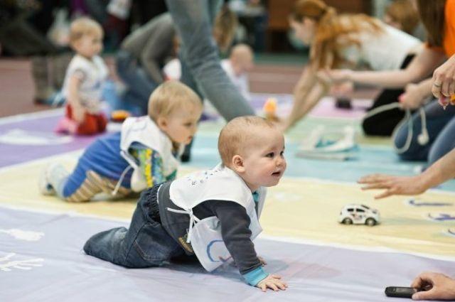 В Барнауле пройдет 17-ый забег младенцев.