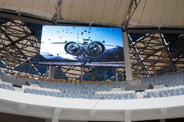 Настадионе «Волгоград Арена» монтируют декоративный фасад