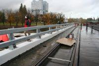 Движение по мосту Деревянному откроют в середине ноября.
