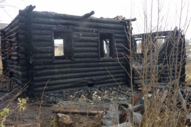 Врезультате сильного возгорания вРудничном умер мужчина 6+
