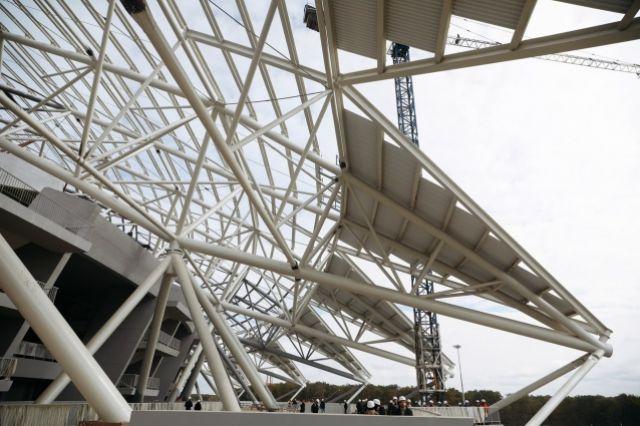 Настадионе «Самара Арена» начали устанавливать кресла для болельщиков