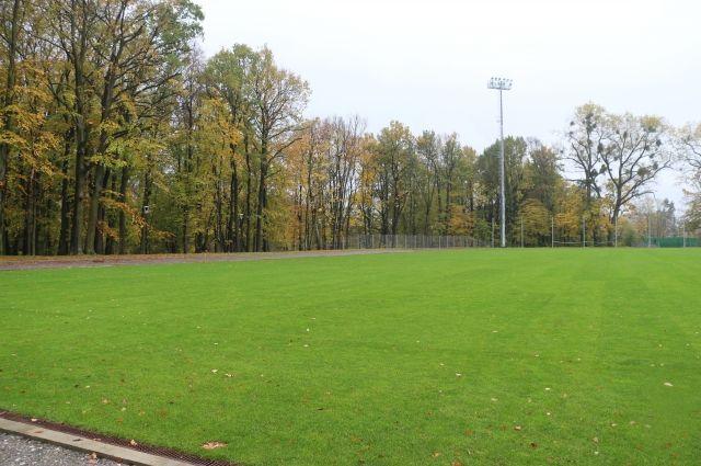 В Калининграде завершают реконструкцию тренировочных площадок к ЧМ.