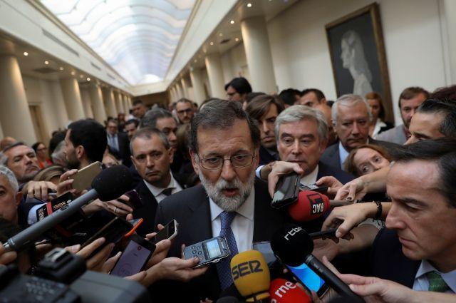 Премьер Испании назвал решение парламента Каталонии преступлением