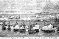 Корабли союзников, окружив Кинбурнскую косу, ведут массированный обстрел крепости.