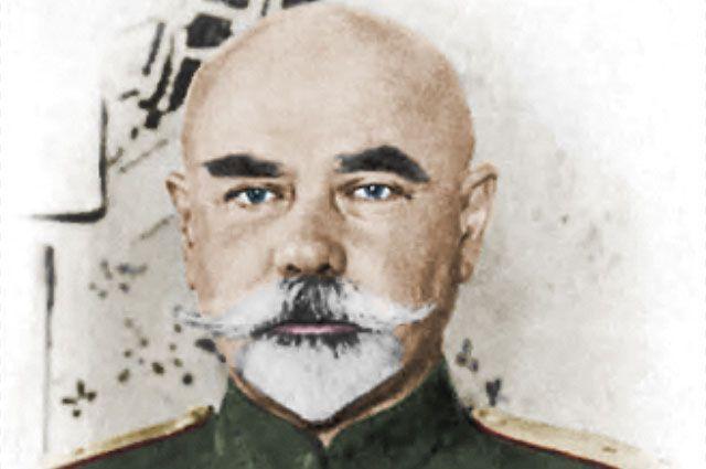 Командующий Добровольческой армией генерал Антон Деникин, 1918 или 1919 год.