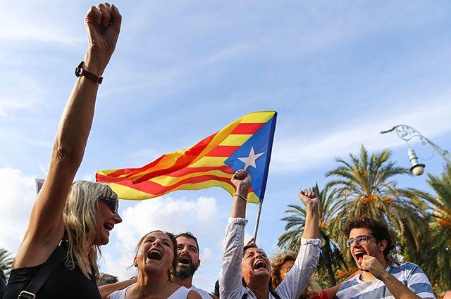 Руководитель МИД Испании: Автономию Каталонии могут расширить