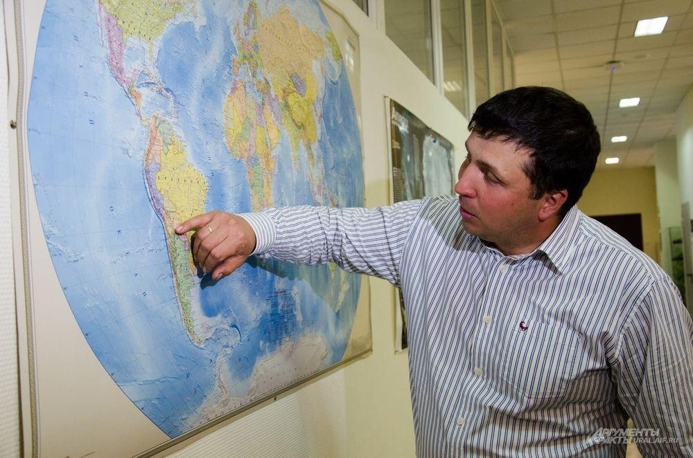 «Изучение метеоритов на Земле имеет значимый вес для науки и человечества. Во-первых, сложнее и дороже отправить межпланетную экспедицию, чем исследовать то, что ежедневно летит на нашу планету. Во-вторых, эти знания позволяют нам расширить представление о том, как зародилась наша Солнечная система и как она вообще образовалась», – говорит астроном и еще один участник экспедиции Николай Кругликов.