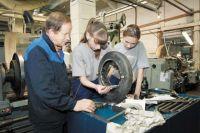Высоким спросом на пермских предприятиях пользуются слесари-сборщики, инженеры и технологи.