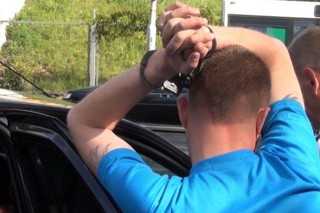 ФСБ задержала калининградца за попытку выведать секретную информацию.