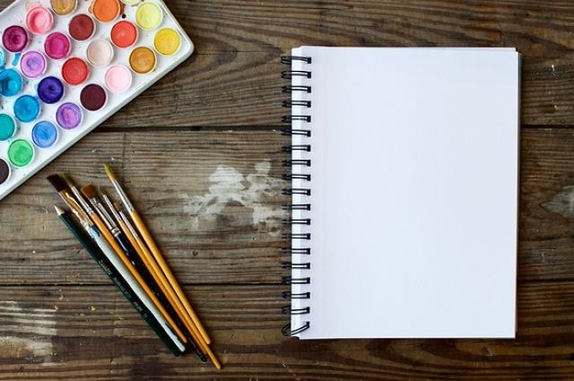 Дети очень любят рисовать своих родителей.