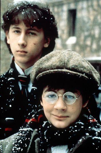 Николас Роу («Молодой Шерлок Холмс», 1985).