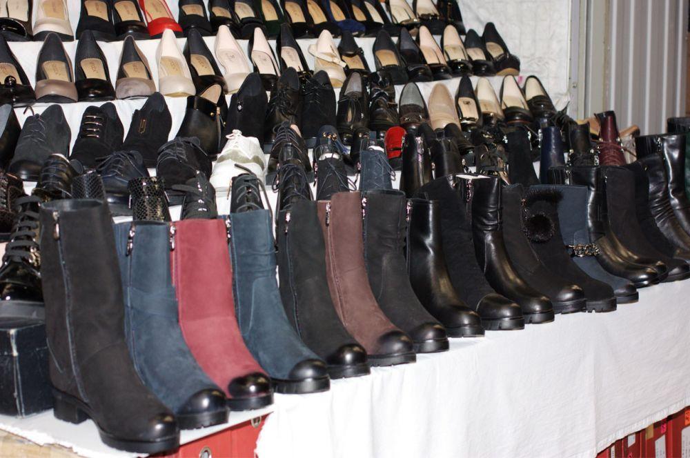 Туфли, демисезонные и зимние сапоги.