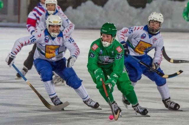 «СКА-Нефтяник» обыграл «Родину» встартовом матче чемпионата Российской Федерации побенди