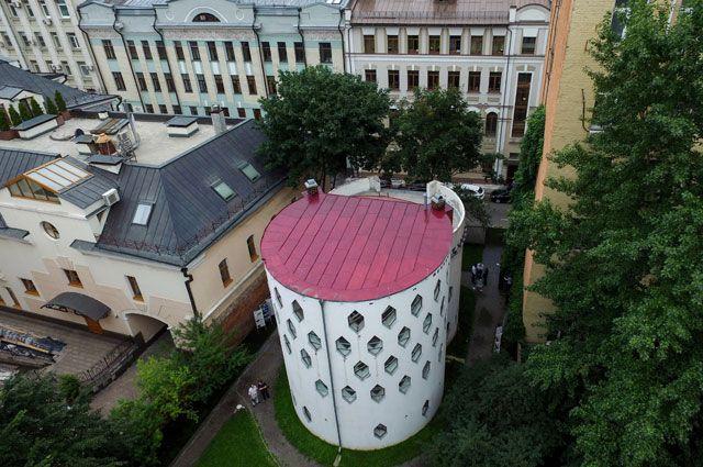 Так после реставрации выглядит дом Мельникова.